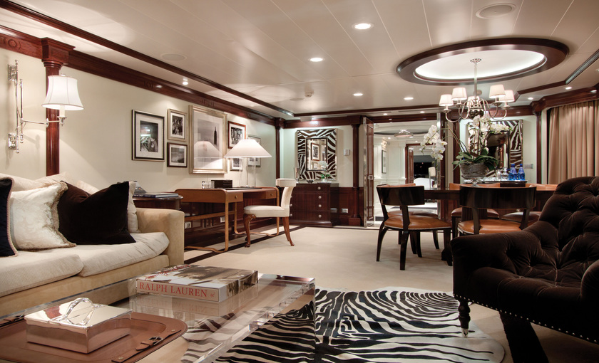 Luxe owner suite Marina